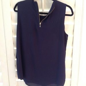 Tops - XL sleeveless chiffon blue top